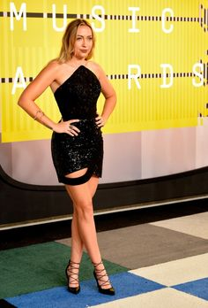 Brandi Cyrus will easily make the best dressed list from the VMAs red carpet, complete with those beautiful shoes: : 2015 MTV Video Music Awards: what they're wearing - Vogue Australia