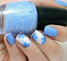 Sky Blue Nails. Cool and summer inspired blue nail art design. Matte baby blue nails #nails #nailart #naildesign