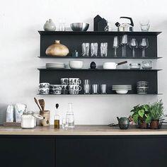 96 fantastiche immagini su mensole cucina | Home kitchens, Kitchen ...