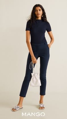 MANGO presents you its new collection. Have a look at our online catalogue and discover the latest fashion trends surfing along the jeans, T-shirts and . Fall Outfits, Summer Outfits, Casual Outfits, Fashion Outfits, Womens Fashion, Trousers Women, Pants For Women, Moda Mango, Pantalon Cigarette