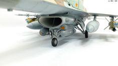 MMZ - Akademi F-16I SÜFA (1/32)