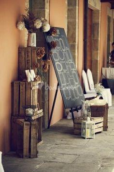 Las cajas de madera están de moda para decorar y son un acierto seguro #boda #wedding #decoracion #inspiracion