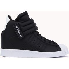Adidas Superstar Up Strap - Black ($100) ❤ liked on Polyvore featuring shoes, black, patent shoes, black shoes, mid heel shoes, perforated shoes and velcro shoes