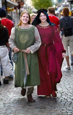 medieval clothing - Yahoo! Search Results