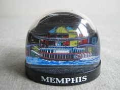 Memphis Tennessee Vintage Souvenir Snow Globe/Dome