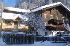 Ferienwohnungen | Appartements Birnbaumer | | Matrei in #Osttirol Style At Home, Cabin, House Styles, Home Decor, National Forest, Vacation, Haus, Room Decor, Cabins