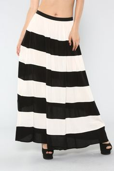 ed7fb5eec Small Online Boutique that offers DARLING Maxi dress and skirts at great  prices! from www.iwearmoxie.com You can e-mail orders to  info@iwearmoxie.com... a ...