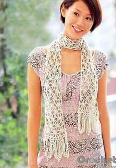 Free pattern - delicate white crochet scarf with openwork and spider pattern