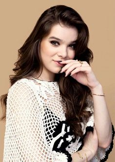 Friend : who is the cutest actress ever Me: Haliee Steinfeld