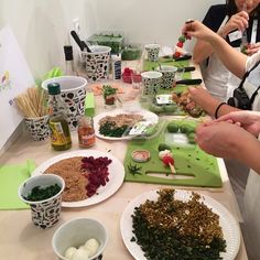 Cocorico ! Les gobelets froissés Revol ont fait sensation auprès des blogueuses parisiennes ! Instagram photo by @cookingout (Cookingout) | Iconosquare