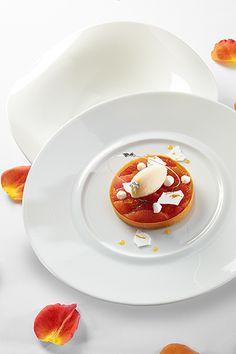 Pamplemousse rose crémeux au jus de yuzu, sablé breton et sorbet aux agrumes © Photos Thuriès Gastronomie Magazine, Pascal Lattes