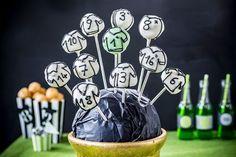 Windbeutel als Cake Pops mit Fußballtrikot alternativ zum Fußballkuchen