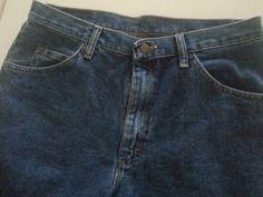 "WRANGLER MEN'S SHORTS DENIM 32 INSEAM 9"" BLUE 100% COTTON  http://www.ebay.com/usr/luis10972014"