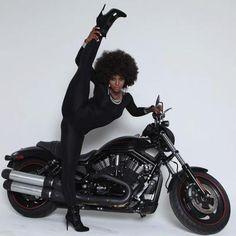 strangeasanjles: thebigblackwolfe: kiss-my-afro: Amara why. My Black Is Beautiful, Black Love, Beautiful Women, Black Girls Rock, Black Girl Magic, Ebony Beauty, Black Beauty, Black Women Art, White Women
