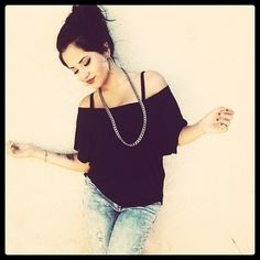 Becky g  Love the hair. Simple yet beautiful.