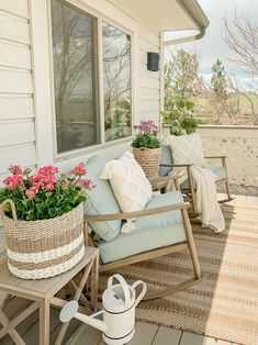 Simple + Cozy Deck for Summer - Sarah Joy Fresh Farmhouse, Farmhouse Decor, Modern Farmhouse, Farmhouse Front, Cottage Farmhouse, Outdoor Spaces, Outdoor Living, Outdoor Ideas, Rv Living