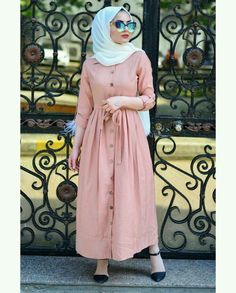 This scarf is a vital part inside apparel of ladies by using hijab. As it is the most important adornment of Casual Hijab Outfit, Hijab Chic, Modest Fashion Hijab, Modern Hijab Fashion, Muslim Women Fashion, Islamic Fashion, Modest Outfits, Fashion Outfits, Fashion Muslimah