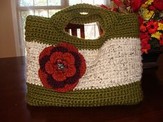 Ravelry: Starling Handbag pattern by Alice Merlino