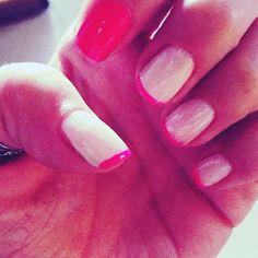 Uñas francesas rosadas