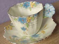 Resultado de imagen para vintage cups and saucers