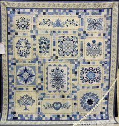 (4 unread) - excelsec - Yahoo Mail Two Color Quilts, Blue Quilts, Scrappy Quilts, Hand Applique, Applique Quilts, Red And White Quilts, Blue And White, Tumbling Blocks Quilt, Sampler Quilts
