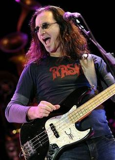 FINALLY IT HAS HAPPENED! Rock Hall of Fame... Rush (Photo: Tim Mosenfelder) RUSH!! A CANADIAN INSTITUTION!!!!