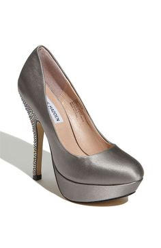 Dying to have these, not sure where I'd wear them but I love the sparkle! Steve Madden