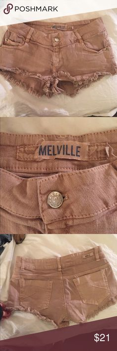 Brandy Melville peachy tan shorts Frayed peachy tan shorts in great condition! Would fit someone who usually wears medium bottoms! Brandy Melville Shorts Jean Shorts