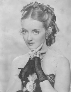 "Bette Davis in ""Jezebel"""