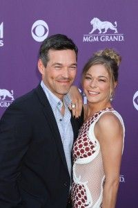 LeAnn Rimes and Eddie Cibrian renew their vows