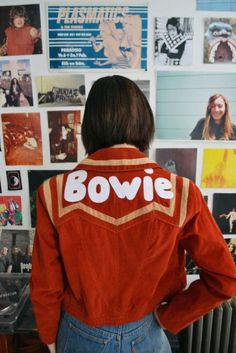 Fashion Tips Clothes Bowie jacket.Fashion Tips Clothes Bowie jacket Seventies Fashion, 70s Fashion, Fashion Week, Look Fashion, Denim Fashion, Vintage Fashion, Fashion Tips, Fashion Black, French Fashion