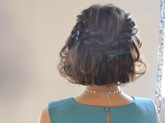 夏はハーフアップで可愛くチェンジ♪簡単&シンプルヘアアレンジ | AUTHORs