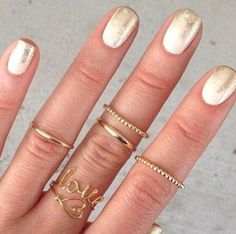 Nail art: les #manucures à tester cet #été - #nailart #doré #ongles #vernis