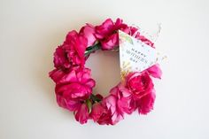 20 More DIY Mother's Day Gift Ideas Love the envelope garland and the single flower vase