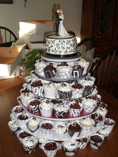 Wedding cupcake tower for 150
