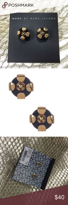PD 💖✨Host Pick✨💖 Marc Jacobs Stud Earrings Marc by Marc Jacobs Black Stud Earrings. Gold-tone pronged resin circle studs. Post back. 11mm length. Feel free to ask questions! 💖 Marc by Marc Jacobs Jewelry Earrings