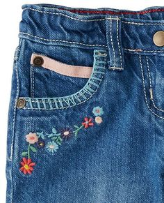 Newest Images Site Unavailable Ideas I really like Jeans ! And even more I like to sew my very own Jea Newest Images Site Unavailable Ideas I really like Jeans ! And even more I like to sew my very own Jeans. Next Jeans Sew Along I'm li Embroidery On Clothes, Simple Embroidery, Embroidered Clothes, Hand Embroidery, Embroidery Designs, Embroidery On Denim, Diy Embroidered Jeans, Embellished Jeans, Painted Jeans