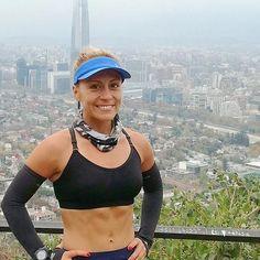 Qué lindo es Santiago Gracias @carochaconmolinez por compartir tu foto con nosotras #running #run #runner #runners #runnerscomunity #runnergirl #runningwoman #runhappy #runningmotivation #mujeresrunnersla #chilerunning
