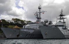 Du 6 au 10 avril 2015, le patrouilleur hauturier HMS Severn de la marine royale britannique a effectué une escale technique à la base navale militaire de Fort-de-France, en Martinique. Dans le cadre de la coopération entre la France et la Grande-Bretagne, le HMSSevern partage son expertise et ses informations sur les opérations de lutte contre le narcotrafic qu'il conduit dans la zone Caraïbe. Le navire britannique a ainsi fait escale à Fort-de-France, ce qui fut l'occasion d'échanges entre…