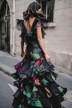 Johanna Ortiz Spring 2018 Ready-to-Wear Fashion Show Collection: See the complete Johanna Ortiz Spring 2018 Ready-to-Wear collection. Look 41 Fashion 2018, Look Fashion, Fashion Dresses, Fashion Design, Paris Fashion, Fashion News, Runway Fashion, Womens Fashion, Pretty Dresses