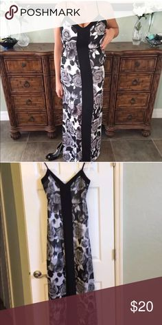 Arden B Floral Chiffon Maxi Dress Xs In perfect condition. Selling because it's too small for me now. Has built in Slip. Zips at the side. Arden B Dresses Maxi