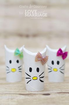 Simple Hello Kitty Craft Using Toilet Paper Rolls This Hello Kitty craft is so cute! We love making toilet paper roll crafts. Should you appreciate arts and crafts you'll will appreciate our info! Cat Crafts, Crafts For Kids To Make, Easy Crafts For Kids, Projects For Kids, Art Projects, Dragon Crafts, Horse Crafts, Toilet Roll Craft, Toilet Paper Roll Crafts