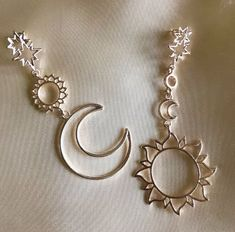 If you own valuable jewelry such as diamond earrings, pendants, diamond rings, or other great jewelry items, you can keep these products for a lifetime if you take care of them. Cute Jewelry, Jewelry Box, Jewelry Accessories, Fashion Accessories, Women Jewelry, Fashion Jewelry, Fashion Necklace, Moon Earrings, Cute Earrings