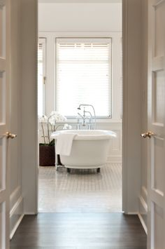 East Hampton house bathroom by Carmina Roth Interiors