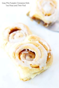 Easy mini pumpkin cinnamon rolls  from  Two Peas and Their Pod