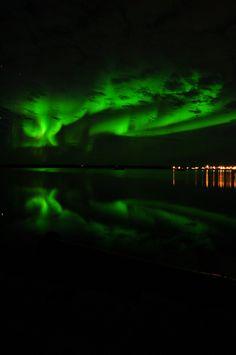 Aurora Borealis.   http://www.flickr.com/photos/samanthastuart/6109766068/