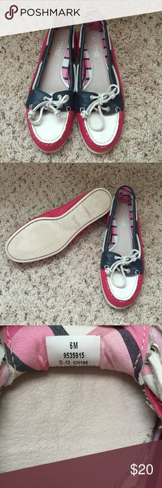 Red White and Blue Sperry Topsider Size 6 women's. These have not been worn more than a handful on times. No flaws in sole/leather. Sperry Top-Sider Shoes Flats & Loafers