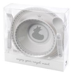 Dinner Set - Geschirrset  - Inhalt: Geschenk-Set bestehend aus:1 Teller, 1 Schale, 1 Löffel, 1 Gabel  - Material: Melamin   - Maße: Gabel 14 cm, Schüssel 14cm, Teller 20 cm  - nicht für die Mikrowelle  - Spülmaschinenfest