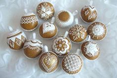 gingerbread Christmas bauble cupcakes kouličky 3D