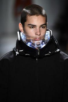 Arte Fashion, Fashion Face Mask, Mens Fashion, Fashion Design, Arte Cyberpunk, Futuristic Art, Vogue, Cybergoth, Mask Design